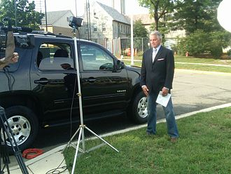 Mike Viqueira - Image: Mike Viqueira Reporting for NBC Nightly News