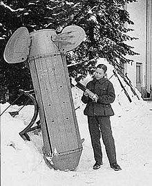 30.04.2010.  Коктейль Молотова получил своё название во время советско.