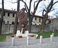 Monumento ai Carabinieri a Somma Lombardo (panoramica) - 02.JPG