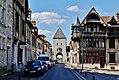 Moret-sur-Loing Porte de Semois & Maison Raccolet 1.jpg