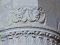 Motifs antiques & personnages en tuc - Eglise Saint-Pierre de Brocas.jpg