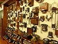 Museo de los Corrales Viejos teléfonos antiguos 01.JPG