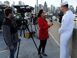 NY1 Noticias - NY1 Noticias reporter Fabiola Galindo interviewing a sailor during Fleet Week 2015