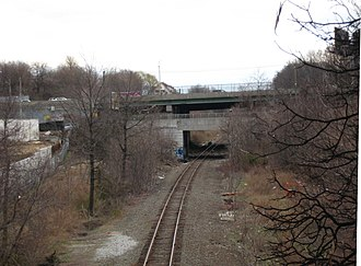 New York Connecting Railroad - Looking south from Grand Avenue overpass