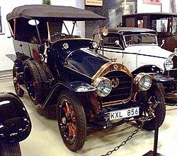 Nagant 1910.jpg