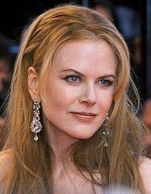 Nicole Kidman al Festival di Cannes 2001 per la prima di Moulin Rouge!