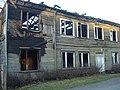 Nodegusī māja blakus ugunsdzēsēju depo Rencēnos - panoramio.jpg