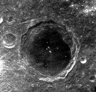 Maksutov (crater) lunar crater