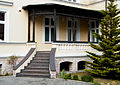 OPOLE dom- willa XIXw ul Grunwaldzka 25- weranda. sienio.JPG