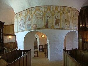 Østerlars Church - Østerlars: Central column with frescos