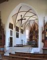 Oettingen St Sebastian Blick zum Chor 02.jpg