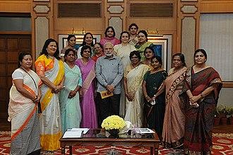 BJP Mahila Morcha - Office Bearers of BJP Mahila Morcha call on PM in 2015