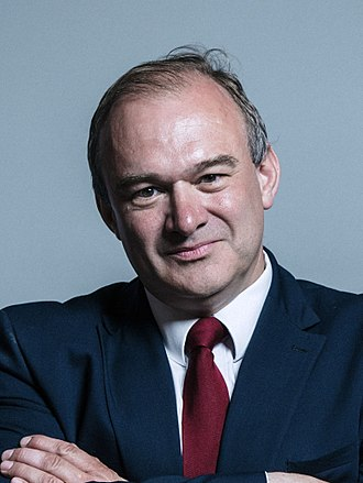 Ed Davey - Image: Official portrait of Sir Edward Davey crop 2