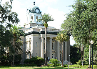 Golden Isles of Georgia - Front of Historic courthouse