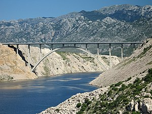 Old Maslenica bridge2.jpg
