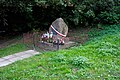 Opatów - Symboliczna mogiła L. Topór-Zwierzdowskiego - ZJ001.jpg