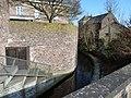 Oud-Rekem-Ziepbeek en stadsmuur.JPG