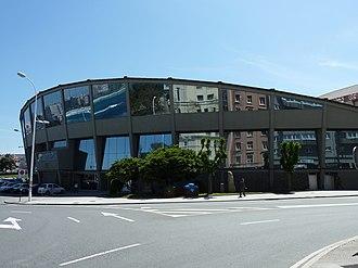 Pazo dos Deportes de Riazor - Image: P1120838 Pazo dos Deportes de Riazor lateral A Coruña 2012