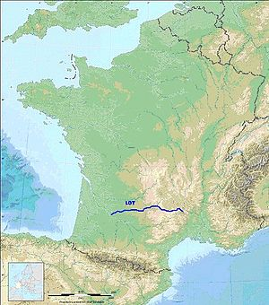Lot (river) - Course of the river Lot (from French page), showing how it rises deep in the Massif Central