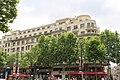 Paris - 27-33 Avenue des Champs Elysées (24221711800).jpg