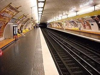 Billancourt (Paris Métro) - Image: Paris metro Billancourt 3