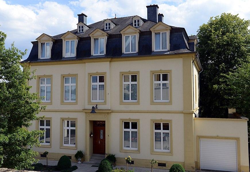 D'Paschtoueschhaus zu Steesel, 1, Rue des Prés.
