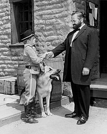 Paul Birch Lee Aaker Rin Tin Tin 1956.jpg