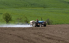Pesticides application 01.jpg