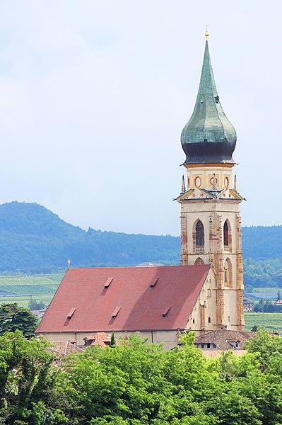 File:Pfarrkirche St. Pauls, Eppan (Nord-West).jpg