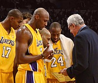 I Los Angeles Lakers allenati da Phil Jackson, in un momento della stagione 2009-2010