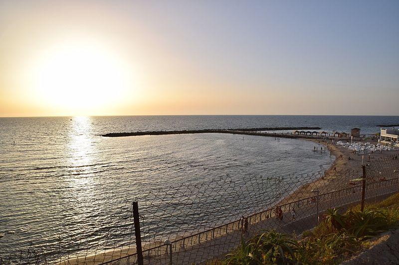 חוף ארלוזורוב, תל אביב