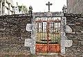 Porta do cemiterio de Baroncelle.jpg