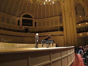 Radu Lupu - Image: Radu lupu at chicago symphony orchestra