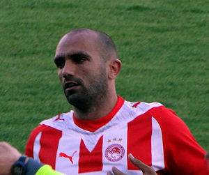 Raúl Bravo - Bravo in action for Olympiacos in 2010