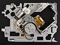 Renault 8200607915 - CD player - chassis with optical unit-92359.jpg