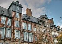 Rennes hôtels Lices.jpg