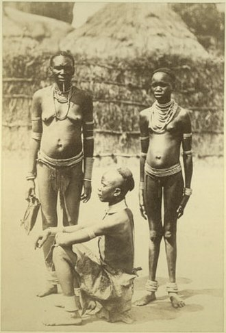 Acholi people - Image: Richard Buchta Acholi family portrait