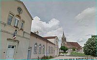 Rouvres-sous-Meilly--mairie, école et église.JPG