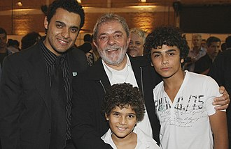 Lula, Son of Brazil - President Luiz Inácio Lula da Silva, with actors Rui Ricardo Dias, Felipe Falanga and Guilherme Tortólio during the film's premiere in the city of São Bernardo do Campo.