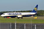 Ryanair, EI-EFL, Boeing 737-8AS (20826887605).jpg