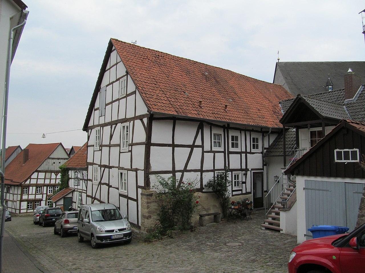 File:Sackstraße 1, 2, Warburg, Landkreis Höxter jpg
