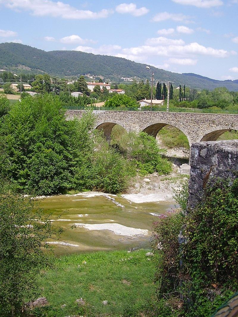 Saint-Julien-en-Saint-Alban - bridge.JPG