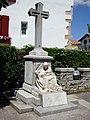 Saint-Pée-sur-Nivelle (Pyr-Atl., Fr) monument aux morts.JPG