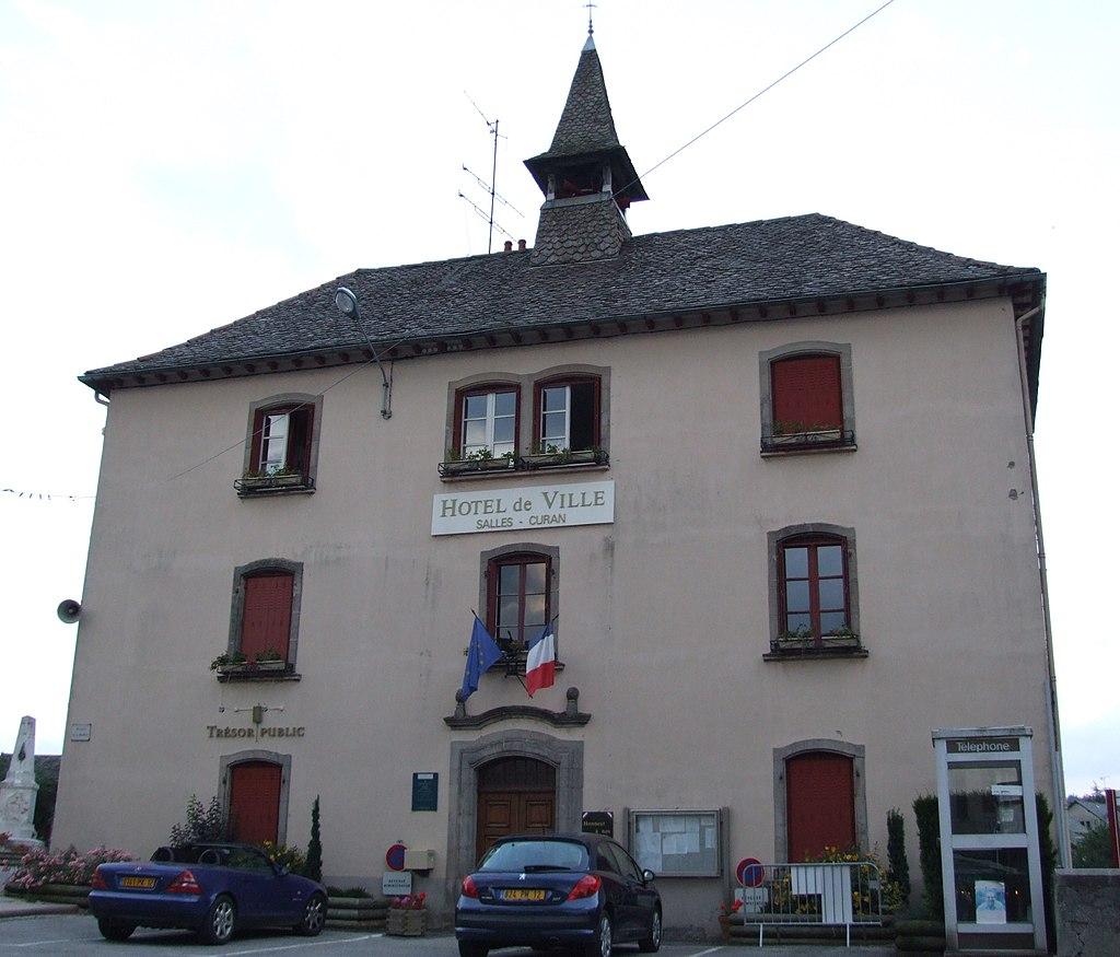 Salles-Curan - Mairie.JPG