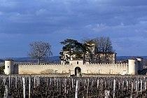 Sauternes Château Lafaurie-Peyraguey 01.jpg