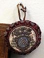 Scarsella con stemma vescovile, xvii-xviii secolo ca. 02.JPG
