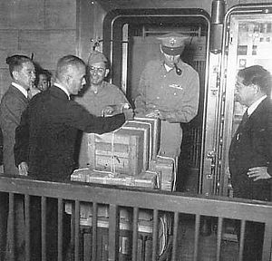 Zaibatsu - Seizure of the zaibatsu families assets, 1946
