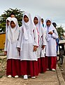 Semporna Sabah School-girls-at-Kg-Simunul-01.jpg