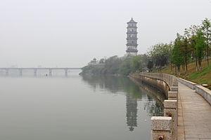Shangrao - Kuiwen Pagoda and Xinjiang River