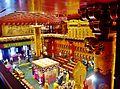Singapore Buddha Tooth Relic Temple Innen Vordere Gebetshalle 04.jpg